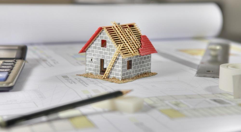 maqueta casa sobre plano