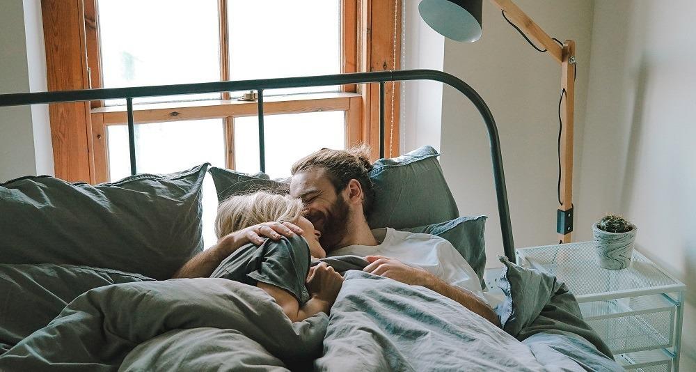 como comprar casa en pareja cama