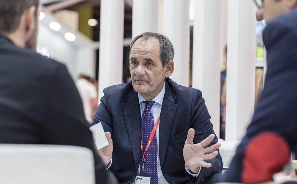 óscar almau, director comercial del Grupo Inmobiliario Ferrocarril, habla sobre los temores del comprador de obra nueva