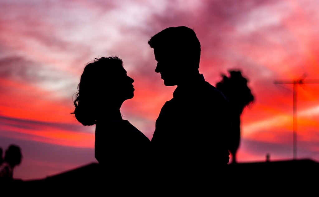 Comprar casa en pareja novios
