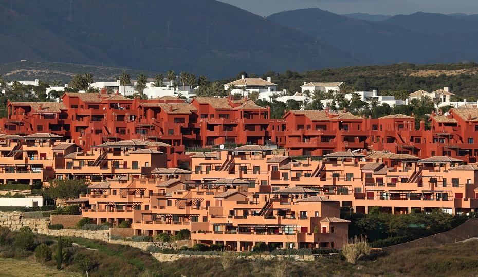 comprar piso obra nueva periferia urbanización costa del sol