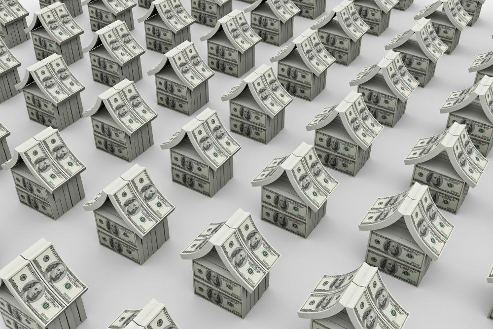 casitas hechas con billetes