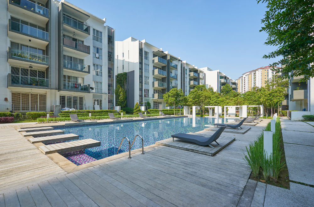 mejor momento comprar vivienda con piscina