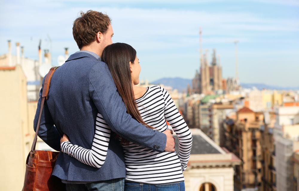 pareja en atico de barcelona