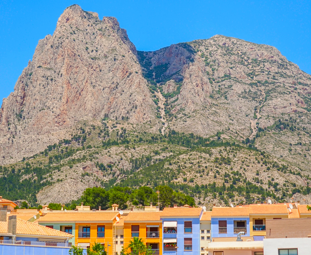 montaña puig campana finestrat